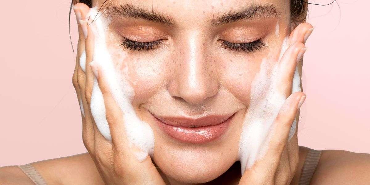 Cosmecêuticos Aplicados a Rejuvenescimento Facial